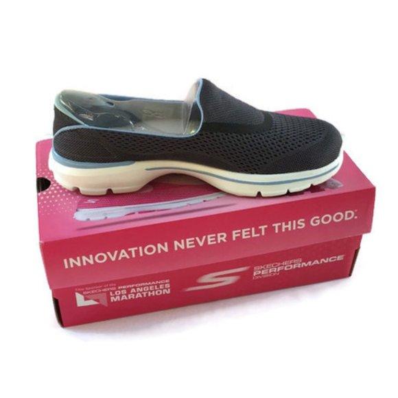 Peluquero Medicina embarazada  Skechers Shoes   Skechers Strike Go Walk 3 Goga Pillars Shoes Blue    Poshmark